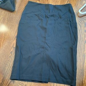 Banana Republic black stretch pencil skirt size 2